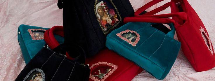 Velvet retro handbags