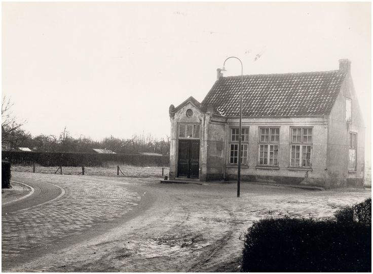 RK-kleuterschool, Valensplein Auteur: Foto Waarma  - 1957