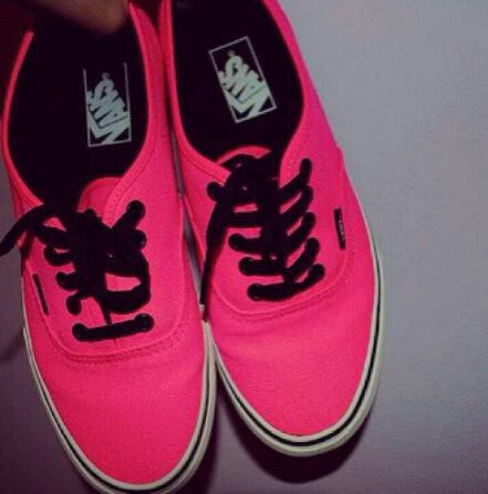 vans shoes black and pink