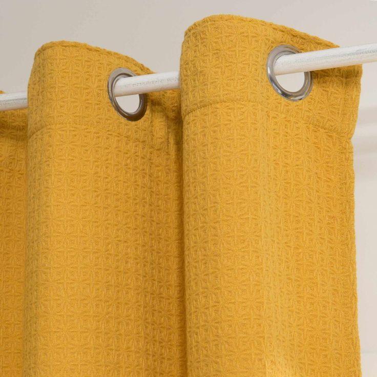 best 25 rideau jaune ideas on pinterest rideaux jaunes les rideaux de placard and rideau de. Black Bedroom Furniture Sets. Home Design Ideas