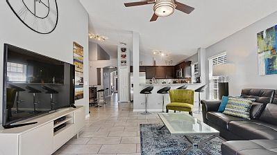 «Happy Days Villa» with The Luxury Villas Orlando http://theluxuryvillasorlando.com/Page_2.html #vacation #rental #travel #vrbo #walt #disney #world #orlando #florida #universal #universalstudios #mickey #mouse #fun