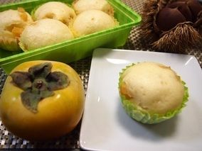 フライパンで簡単!HMの柿蒸しパン|レシピブログ