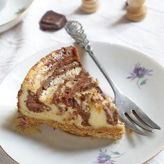 Ezt a sütit kár lenne kihagyni – csokis márványos sajttorta