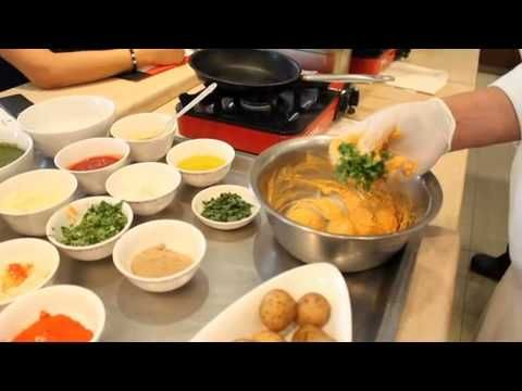 MASTERCLASS AT SHANGRI-LA SATOO RESTAURANT - Chef Kuldeep of Satoo demonstrates how to cook simple Indian cuisine at home during Epicure Indonesia Masterclass