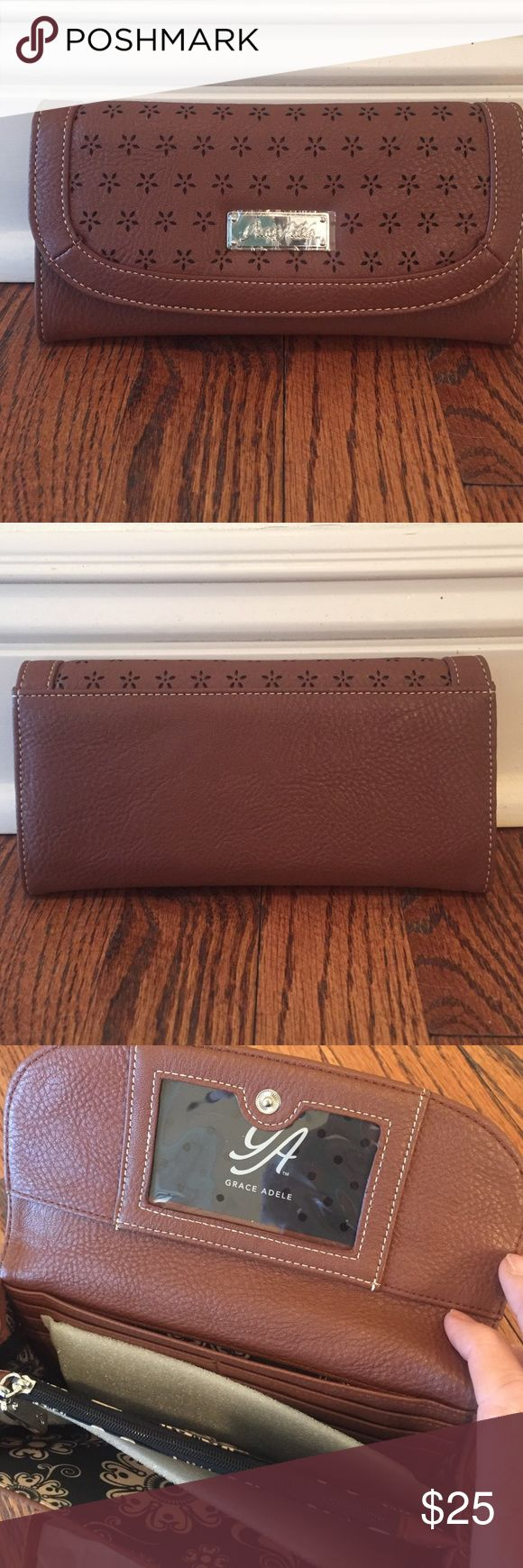 NEW Grace Adele Wallet Contrast Sand Color Grace Adele Bags Wallets