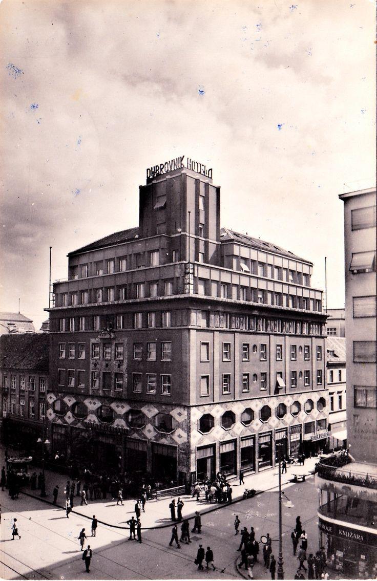 Zagreb - 1948. - Trg Republike - Hotel Dubrovnik