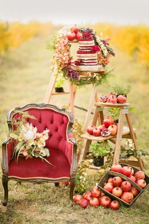 55 Pomegranate Wedding Ideas For Fall And Winter   HappyWedd.com