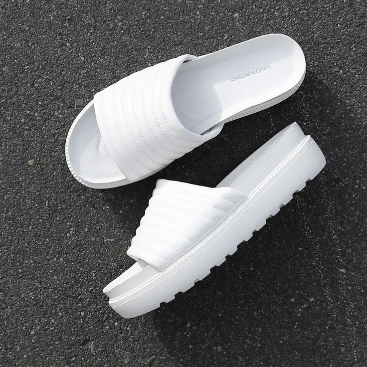 It's warming up! We're loving the new Vagabond 'Irene' flatform slides. http://www.shoeconnection.co.nz/products/VBYZUA5L1WA