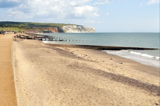 (PHOTO: Premium/UIG via Getty Images)  Cheapest places to stay in the UK this December:  Sandown, Isle of Wight, England  Venture to the Isle of Wight this December and explore their gorgeous sandy beaches and chalk coastline. Stay at The Priory, Shanklin for £329 a week in December (sleeps 2).