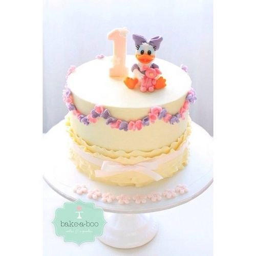 17 Best ideas about Daisy Duck Cake on Pinterest Fondant ...