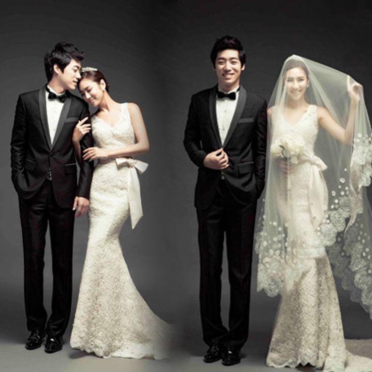 Lace V-neck wedding dress ,royal princess  dress