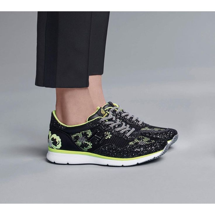 """Neon yellow floral vibes on the #HOGAN #SS17 #Traditional 20.15 #sneakers  Join the #HoganClub #lifestyle and share with us your @hoganbrand pictures on Instagram"""