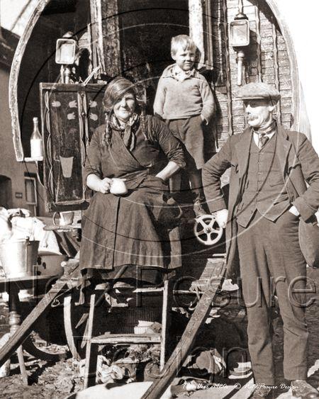 Travellers - Gypsy Wagon c1930s - N839