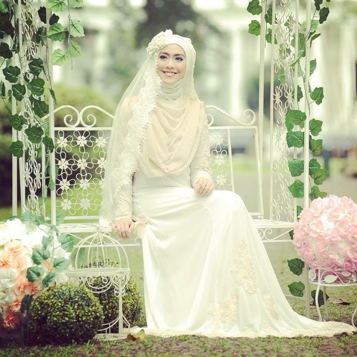 Indonesia, islamic wedding. So sweet
