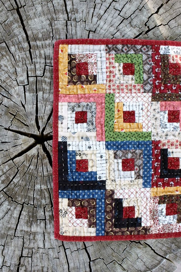 879 best images about Quilts - Log Cabin Variations on Pinterest Quilt, Log cabin designs and ...