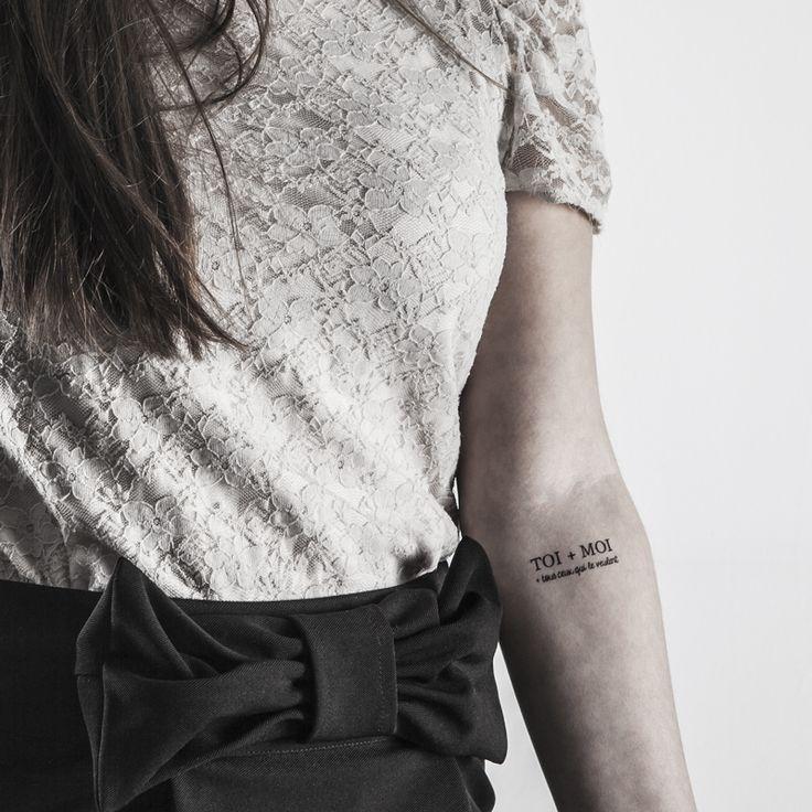 Oh l'amour, le retour ! https://bernardforever.fr/tatouage-ephemere/22/oh-lamour-le-retour Aux amoureux transis comme aux âmes friponnes et lascives, cette planche king-size de tatouages sensuels saura caresser la peau aux endroits les plus inavouables.  Quant aux autres, ils pourront les trouver rigolos.  Ou pas.