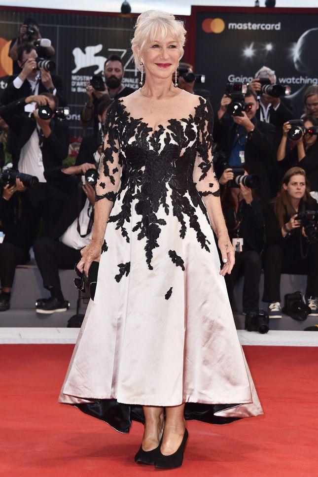 Хелен Миррен на премьере фильма В поисках праздника в Венеции