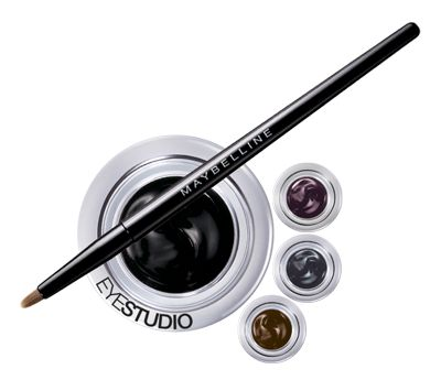 The Most Affordable Products Professional Makeup Artists Swear By | Her Campus