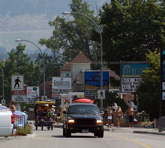 Penticton BC Motels along Okanagan beach are family friendly and steps away from the beach itself.