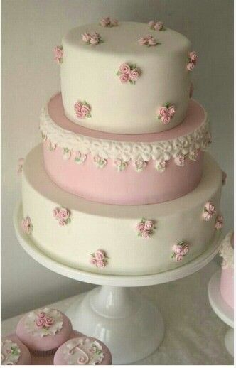 cakes for weddings best 25 christening cake ideas on baby 2372