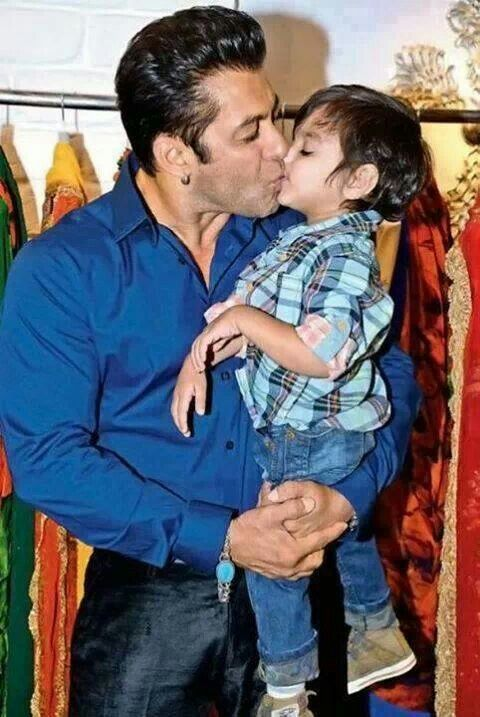 Salman khan with his nephew ♥