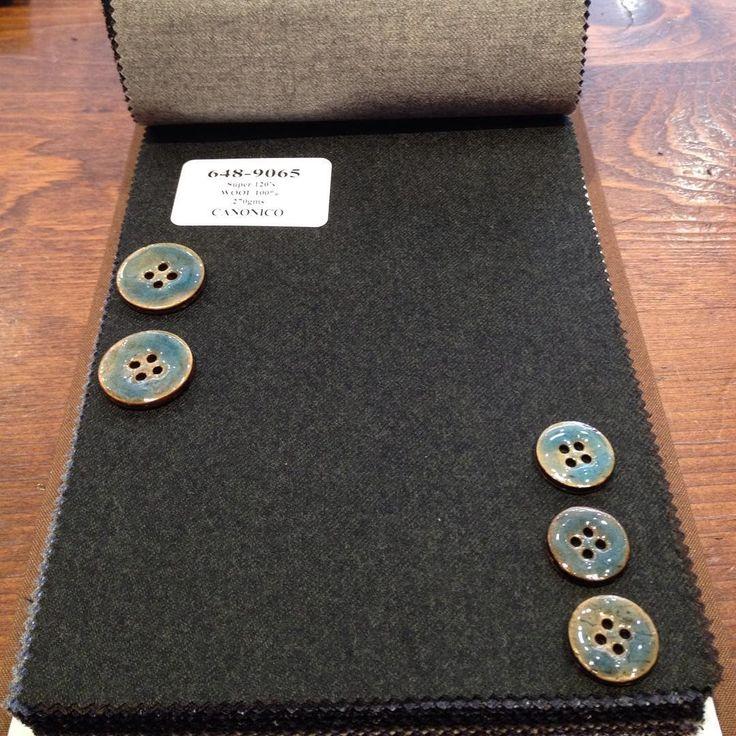 【AW新作生地】やっぱりこのボタンが至高です。 #suit #tailor #tokyo #necktie #shirt #order #bridal #wedding #スーツ #オーダー #ブライダル #結婚式 #新郎 #オーダースーツ #タキシード #池袋 #メンズブライダル #テーラーキタハラ #ボタン #インポート