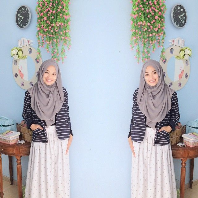 """When navy meets grey ☺️ stripes blazer by @simply_noui love the fabrics, love the cutting  thank you #ghaidaendorsement"""