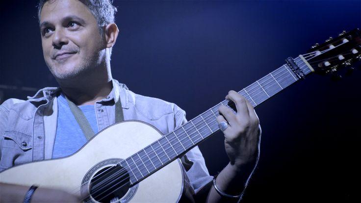 ¿Quieres tocar #Lamaestro, la última guitarra que diseñó #Paco de Lucía? ¡Apúntate al casting http://laguitarravuela.iberia.com/#haz-sonar-tu-talento