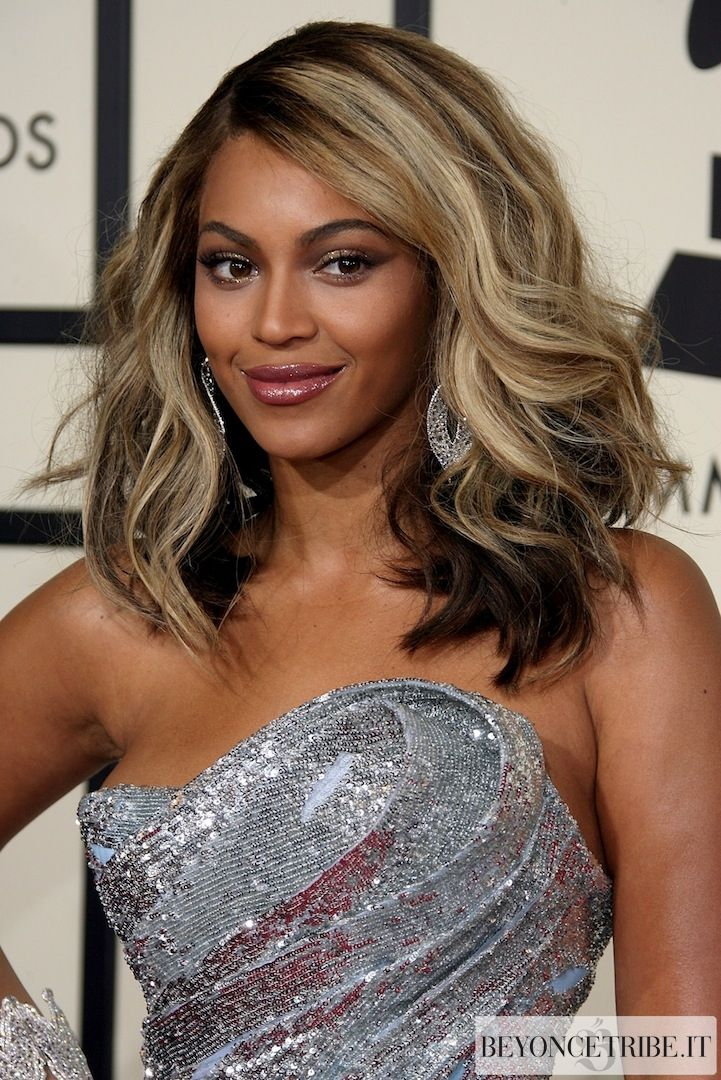 Beyoncé at 50th Annual Grammy Awards - Red carpet & Performs with Tina Turner -LA 10 Feb 2008 HQ