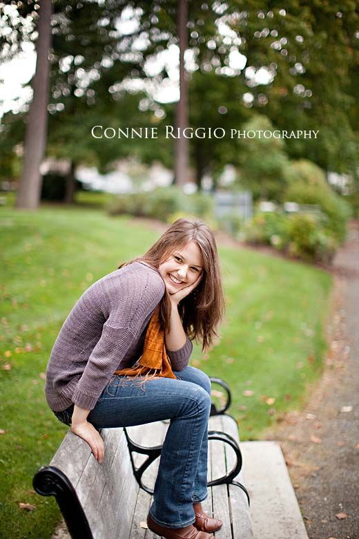 Some great Senior portrait posing ideas.
