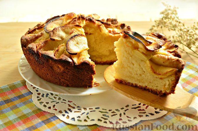 Фото приготовления рецепта: Яблочный пирог из творожного теста - шаг №13