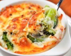 Gratin de brocolis à l'emmental (facile, rapide) - Une recette CuisineAZ : http://www.cuisineaz.com/recettes/33514-impression.aspx
