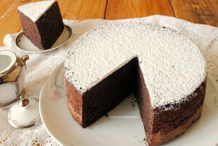 pan di spagna al cacao con panna montata nell'impasto