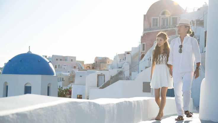 Sunrise | Cheesie's Pre-Wedding Photo Session in Santorini with Sunrise Greece