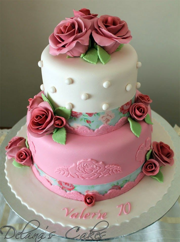 Cakes With Ribbon Roses