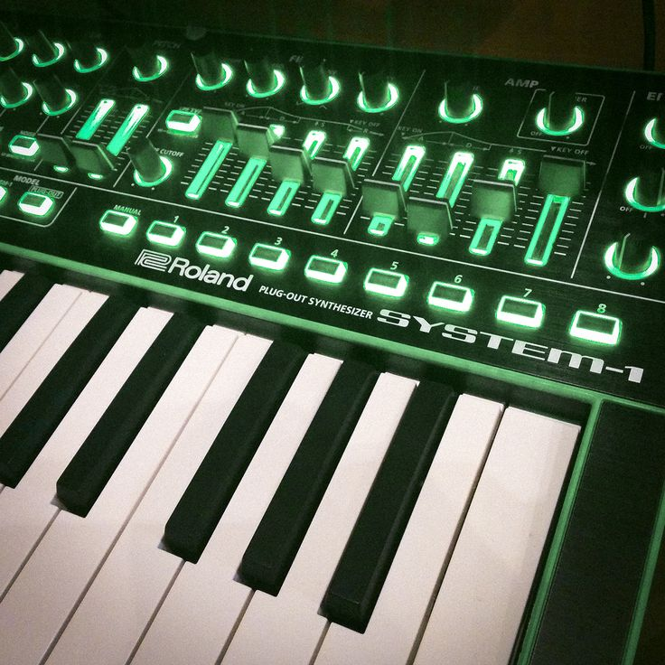 #roland #aira #system1 #keyboard #synth #synthesizer