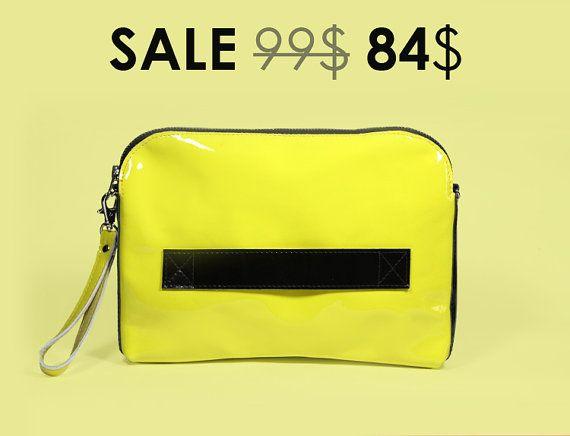 Pochette en cuir embrayage sac à main  Megan Lemon  par ARadaStore