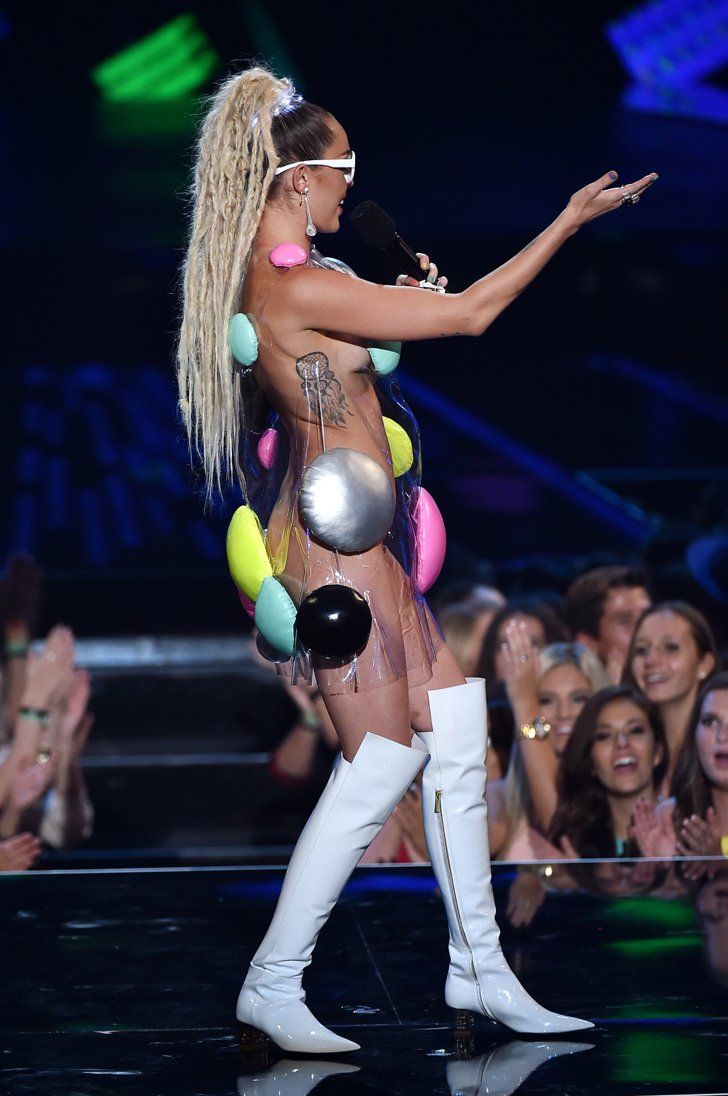 Pin for Later: See Every Supercrazy, Revealing Outfit Miley Cyrus Wore at the VMAs!