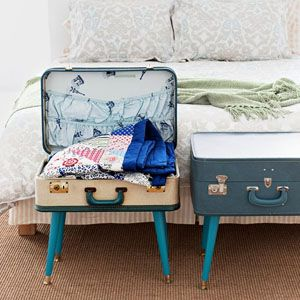 Make a table out of old suitcases...it's easier than you think #diy #upcycle