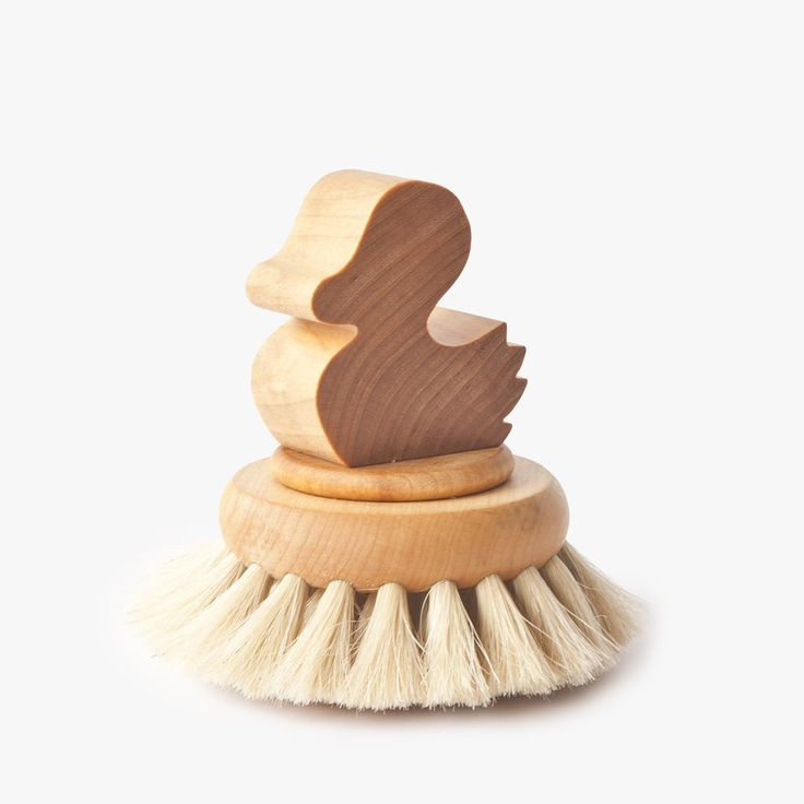 Body brush with duck Iris Hantwerk #handmade #natural #simple #hnstly #bathroom #relax #spa #sauna #irishatwerk