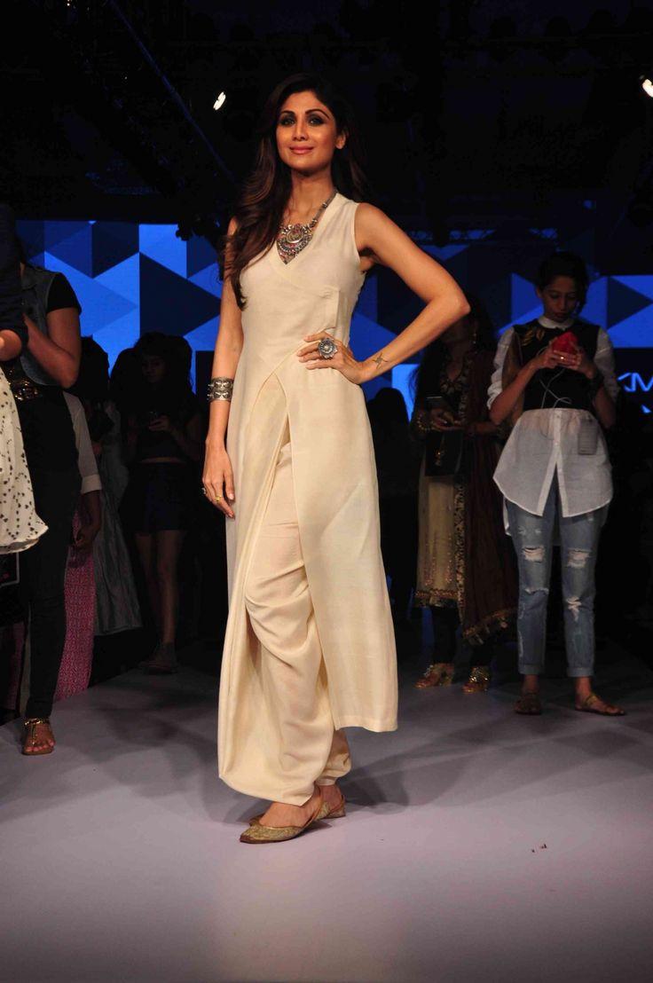 Lakme Fashion Week 2015 Finale: Shilpa Shetty Kundra