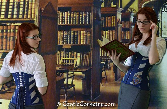 I imagine this is what a Ravenclaw librarian would look like LOL