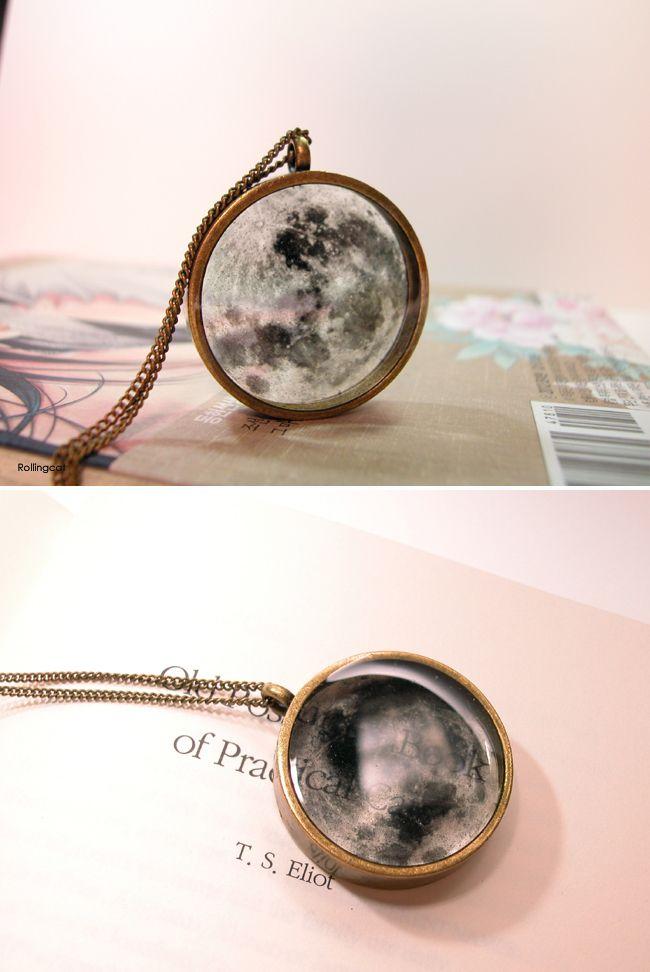 Transparent moon necklace