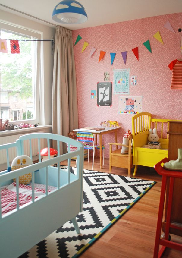 Colourful Vintage Kids Room | Ninainvorm.punt.nl