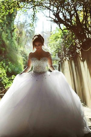Luxueux Tulle Jewel décolleté robe de bal robe de mariée avec strass #bridalsale