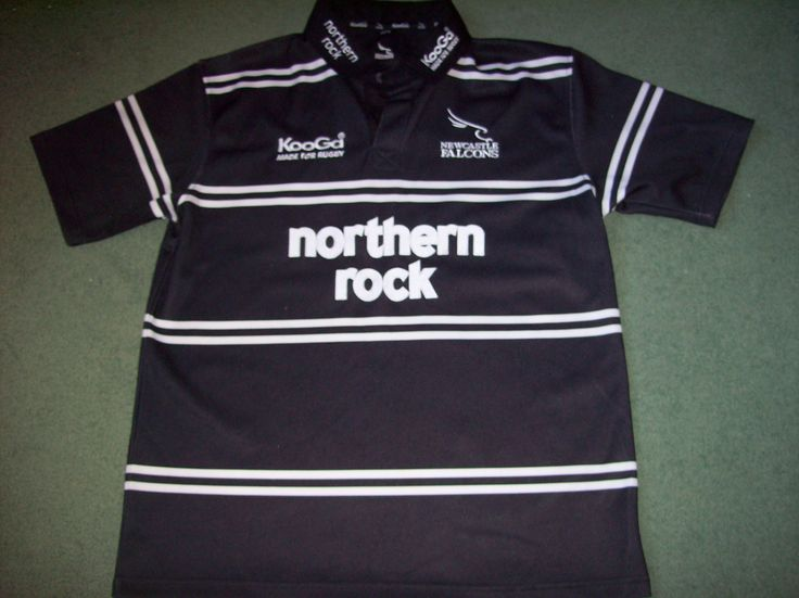 Home shirt from the 2006/07 season, size Large