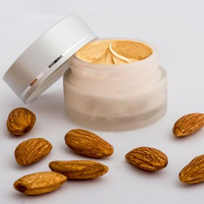 Lippenpflege Rezept: Lippenpflege mit Mandelöl | Lippenpflege selber machen