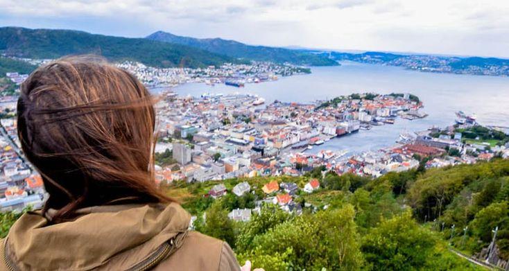 ¿Quieres saber qué ver en Bergen en 1 día? Haz clic y descubre los encantos imperdibles de esta pintoresca ciudad llena de encanto