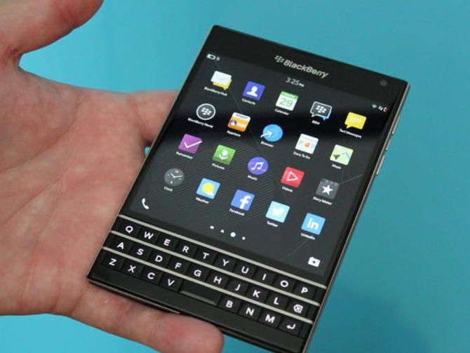 The unconventional BlackBerry smartphone costs less than other high-end devices …   – Projects to Try