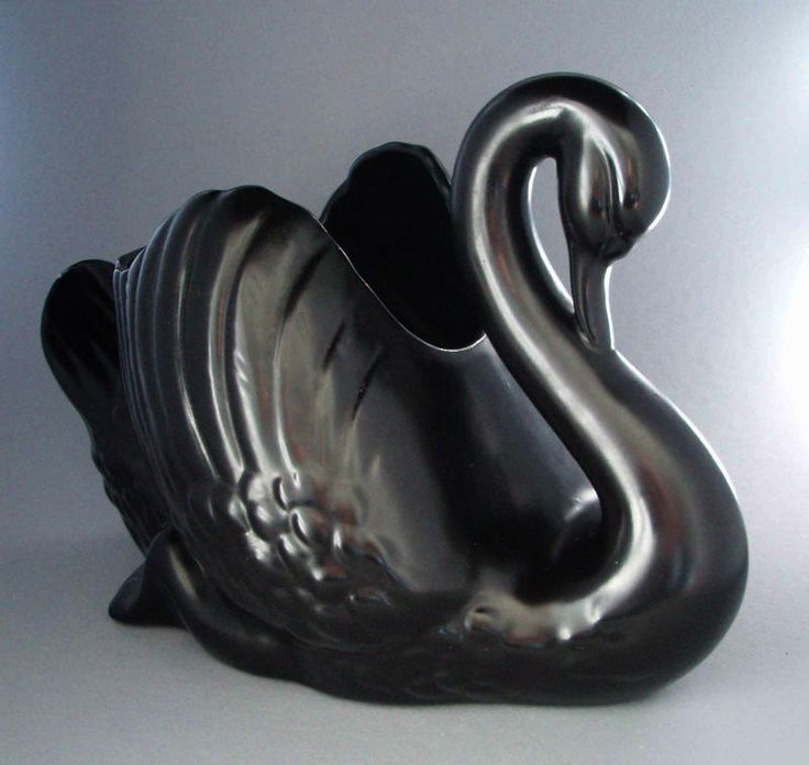 Vase - swan, Crown Lynn Potteries Limited, 1950-1975, 2008.1.776